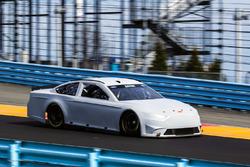 uji coba ban Watkins Glen NASCAR