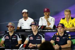 Carlos Sainz Jr., Scuderia Toro Rosso, Daniil Kvyat, Scuderia Toro Rosso en Max Verstappen, Red Bull Racing