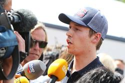 Даниил Квят, Scuderia Toro Rosso со СМИ