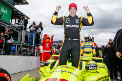 Sieger Simon Pagenaud, Team Penske Chevrolet