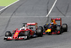 Себастьян Феттель, Scuderia Ferrari та Даніель Ріккардо, Red Bull Racing