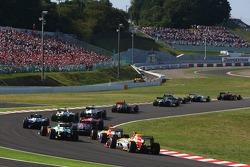 Romain Grosjean, Renault F1 Team at the back of the pack