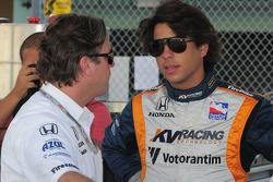 Jimmy Vasser and Mario Moraes talking
