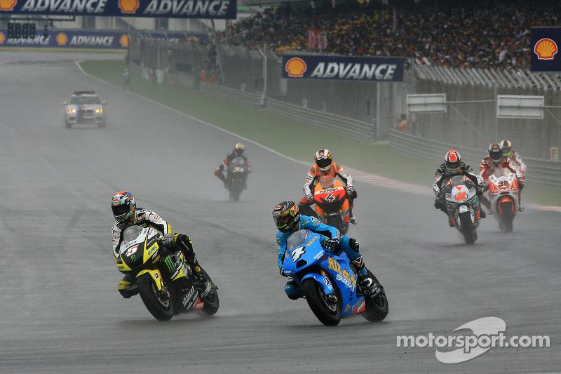 Desfile: Chris Vermeulen, Rizla Suzuki MotoGP