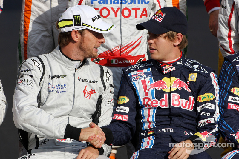 Jenson Button, BrawnGP, Sebastian Vettel, Red Bull Racing