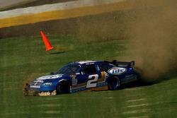 Kurt Busch, Penske Racing Dodge in trouble