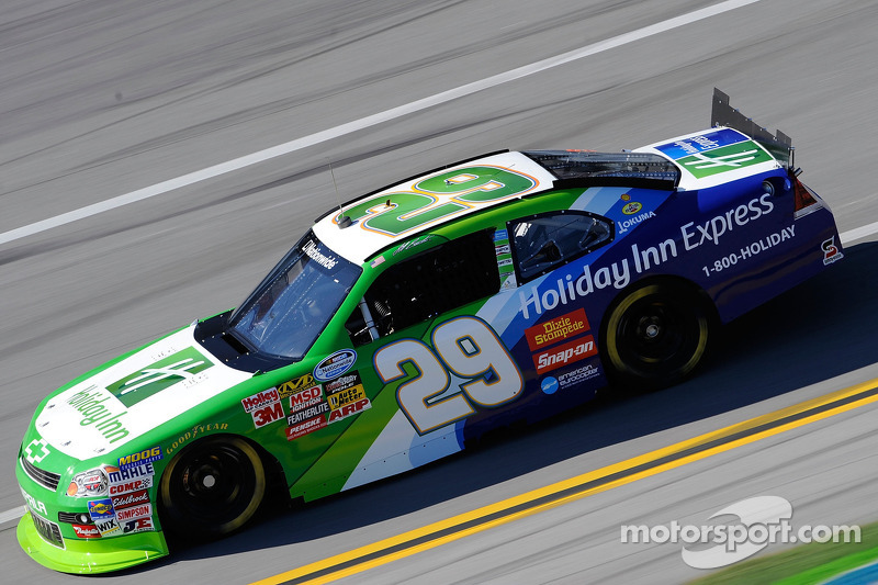 nascar-ns-car-of-tomorrow-talladega-test