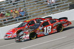 Kyle Busch and Carl Edwards