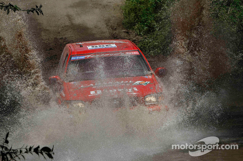 #359 Nissan: Frederic Chavigny y Jean Brucy