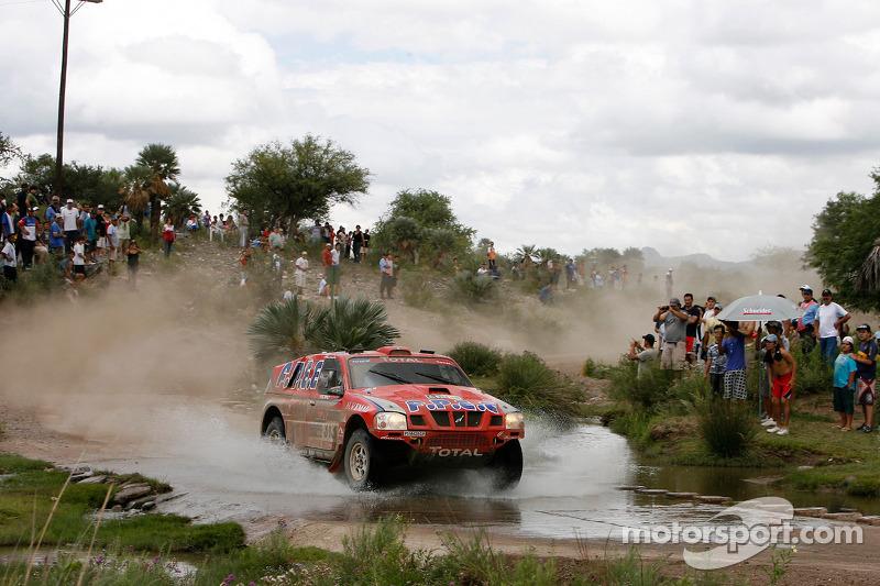 #313 Nissan: Christian Lavieille & Jean-Paul Forthomme