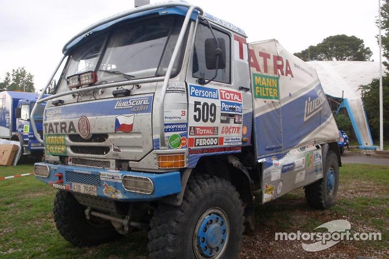 Beschadigde #509 Tatra: Tomas Tomecek, Vojteck Moravek en Petr Vojkovsky