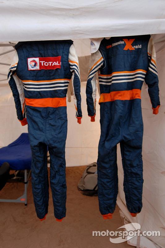 X-raid overalls