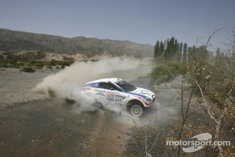 #311 Mitsubishi: Orlando Terranova y Pascal Maimon