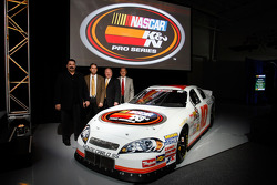 Steve Williams de NASCAR, Bob Duval, Richard Buck y George Silbermann