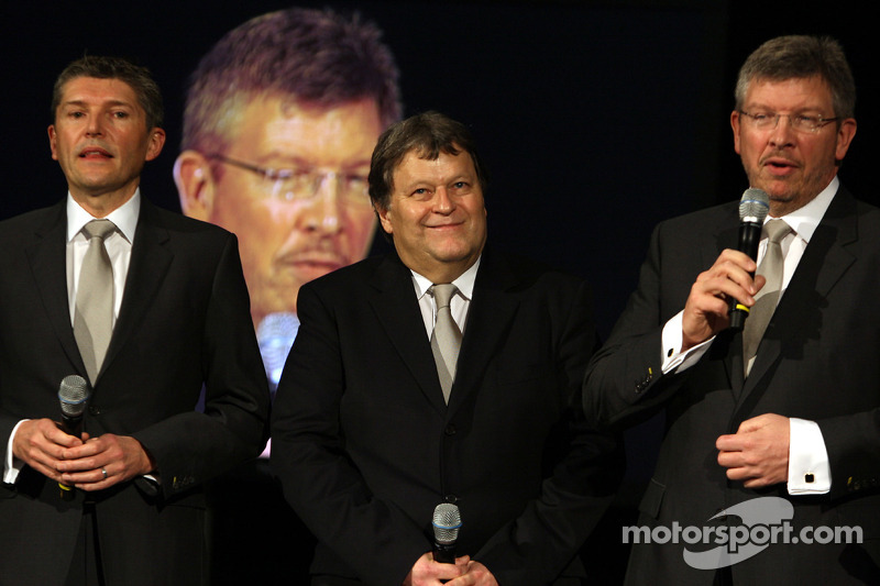 Nick Fry, Norbert Haug et Ross Brawn