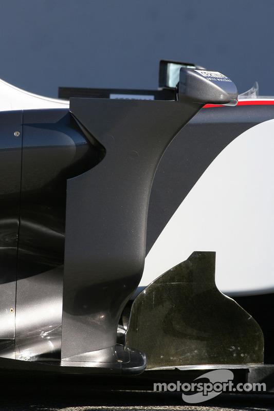 La nouvelle BMW Sauber C29 (détails) Côté