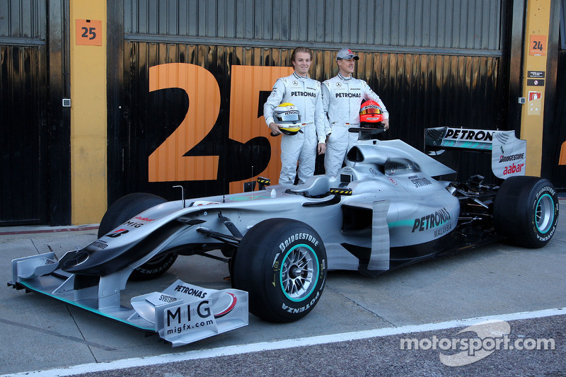 2010: Mercedes W01