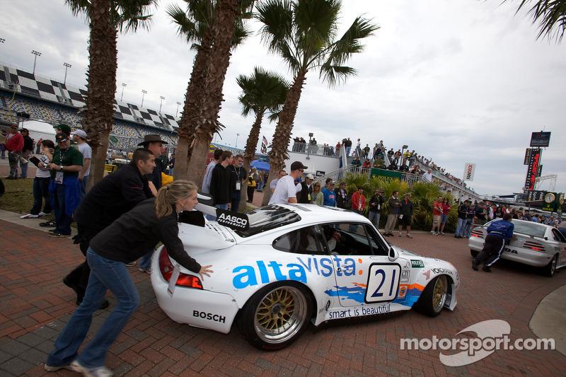 Porsche GT3R