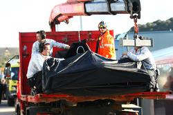 Jenson Button, McLaren Mercedes, stopt aan het einde van de sessie