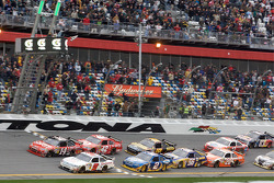 Kasey Kahne, Richard Petty Motorsports Ford takes the checkered flag inches ahead of Tony Stewart, Stewart-Haas Racing Chevrolet