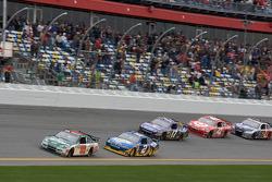 Dale Earnhardt Jr., Hendrick Motorsports Chevrolet leads Kurt Busch, Penske Racing Dodge