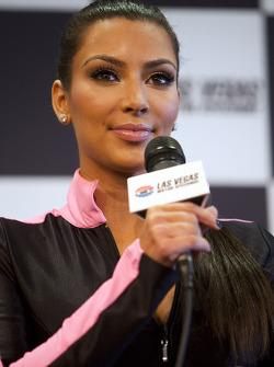 Kim Kardashian geeft een interview