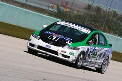 #42 LRT Racing Honda Civic SI: Jorge Leroux, Juan Leroux