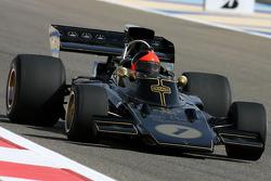 Emerson Fittipaldi, 1972 en 1974 F1 wereldkampioen rijdt de 1972 Lotus 72D