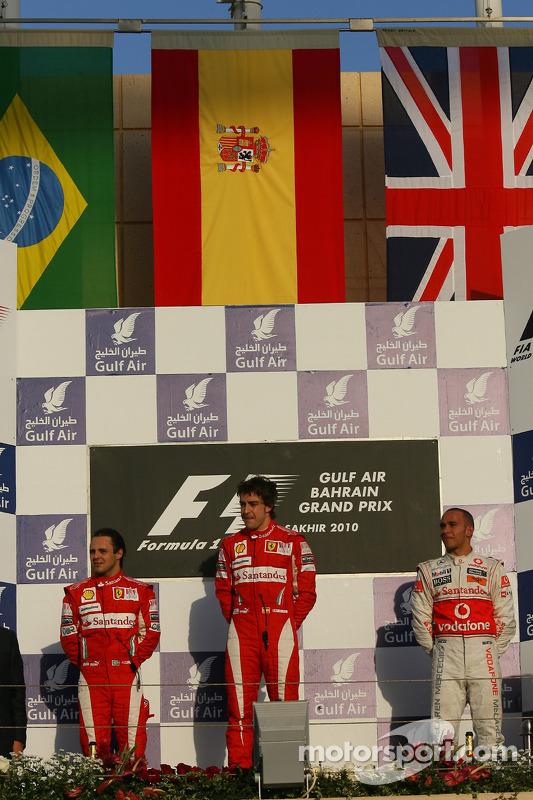 Podium: race winnaar Fernando Alonso, Scuderia Ferrari, 2de Felipe Massa, Scuderia Ferrari, en 3de Lewis Hamilton, McLaren Mercedes