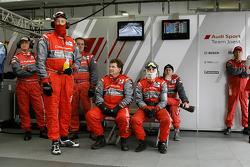 Audi Sport Team Joest pit box
