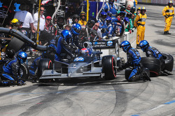 Raphael Matos, de Ferran Luzco Dragon Racing makes a pitstop