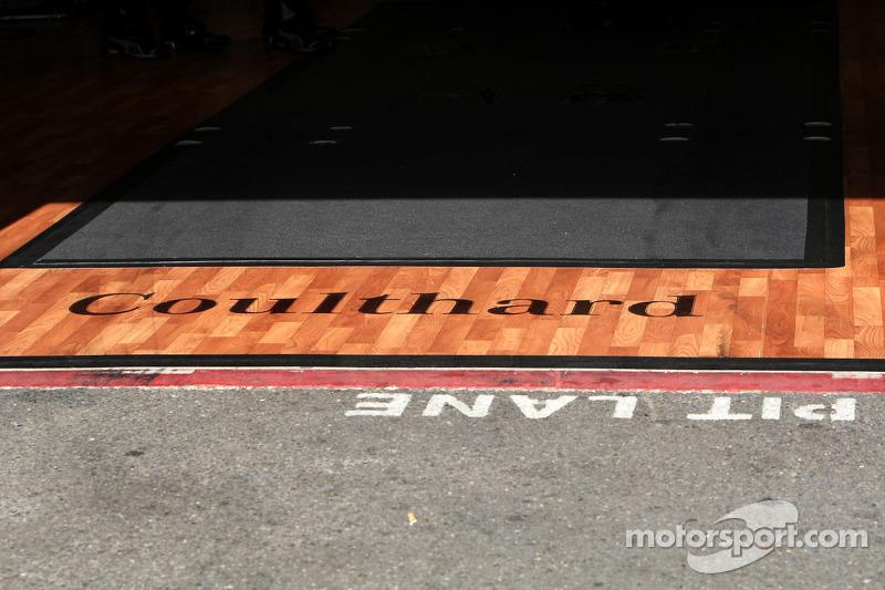 Empty garage of David Coulthard, Mücke Motorsport, AMG Mercedes C-Klasse