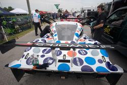 Cars head to pitlane