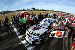 #18 Jim Beam Racing: James Courtney en pole
