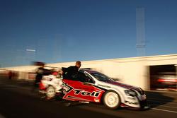 #17 Jim Beam Racing: James Courtney