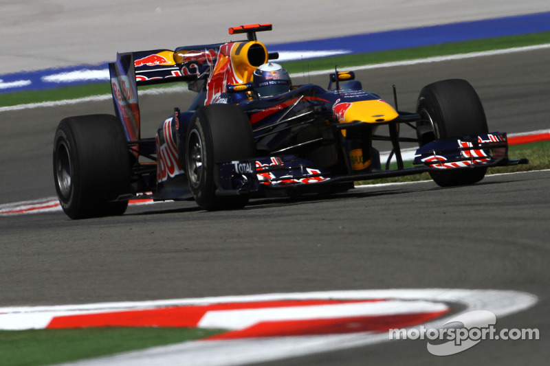 2010: Red Bull RB6 Renault