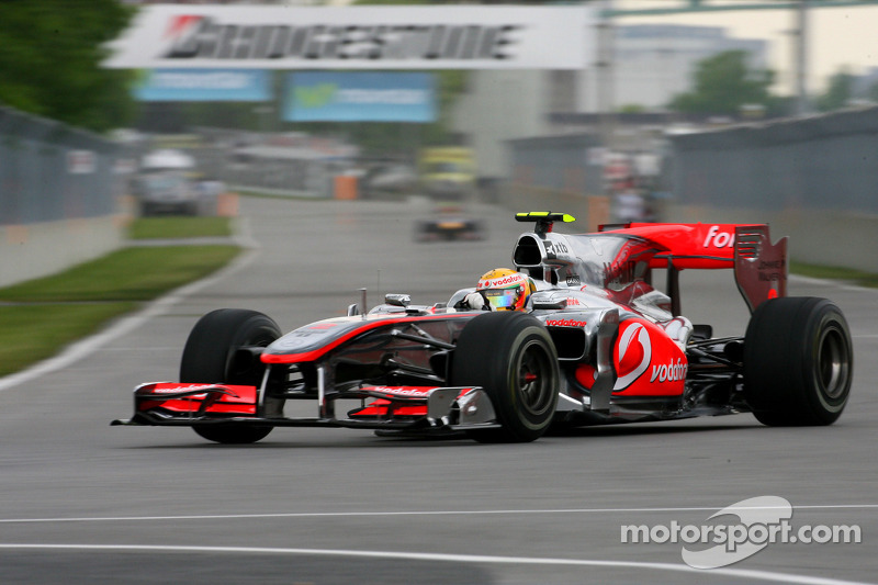 2010: Льюис Хэмилтон, McLaren MP4-25 Mercedes