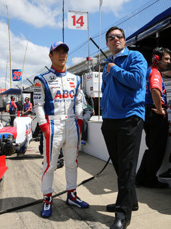Takuma Sato, A.J. Foyt Enterprises Honda with A.J. Foyt IV