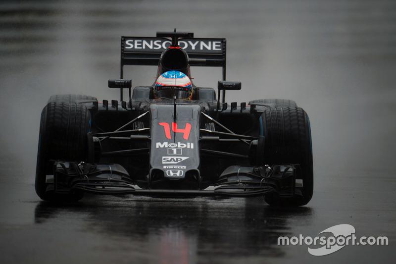 5. Фернандо Алонсо, McLaren - 8