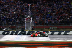 Sieger Martin Truex Jr., Furniture Row Racing Toyota
