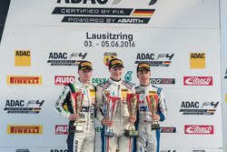 Podyum: 2. Jannes Fittje, US Racing; 1. Fabio Scherer, Jenzer Motorsport; 3. Mike David Ortmann, Mücke Motorsport