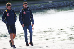 Daniel Ricciardo, Red Bull Racing, with Sam Village, Red Bull Racing Personal Trainer