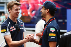 Daniil Kvyat, Scuderia Toro Rosso avec Daniel Ricciardo, Red Bull Racing