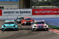 Jean-Karl Vernay, Leopard Racing, Volkswagen Golf GTI TCR und Vladimir Sheshenin, Liqui Moly Team Engstler, Volkswagen Golf GTI TCR
