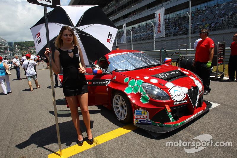 Grid girl of Petr Fulín, Mulsanne Racing, Alfa Romeo Giulietta TCR