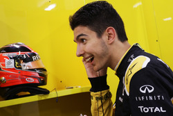 Esteban Ocon, Pilota collaudatore Renault Sport F1 Team