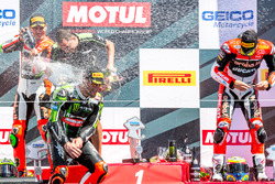 Podium, Rennen 2: Sieger Tom Sykes, Kawasaki Racing Team; 2. Davide Giugliano, Aruba.it Racing - Ducati; 3. Chaz Davies, Aruba.it Racing - Ducati