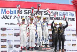 PC podium: winnaars #54 CORE autosport Oreca FLM09: Jon Bennett, Colin Braun, tweede plaats #8 Starworks Motorsports ORECA FLM09: Renger van der Zande, Alex Popow, derde plaats #52 PR1 Mathiasen Motorsports Oreca FLM09: Robert Alon, Tom Kimber-Smith