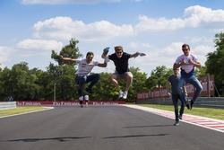 Alex Palou, Campos Racing; Steijn Schothorst, Campos Racing und Konstantin Tereschenko, Campos Racing
