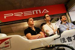 Ryan Walkinshaw, Antoine Malin and Guillaume Cunnington at the 2017 Macau Grand Prix